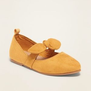Old Navy Faux-Suede Pointy-Toed Bow-Tie Flats